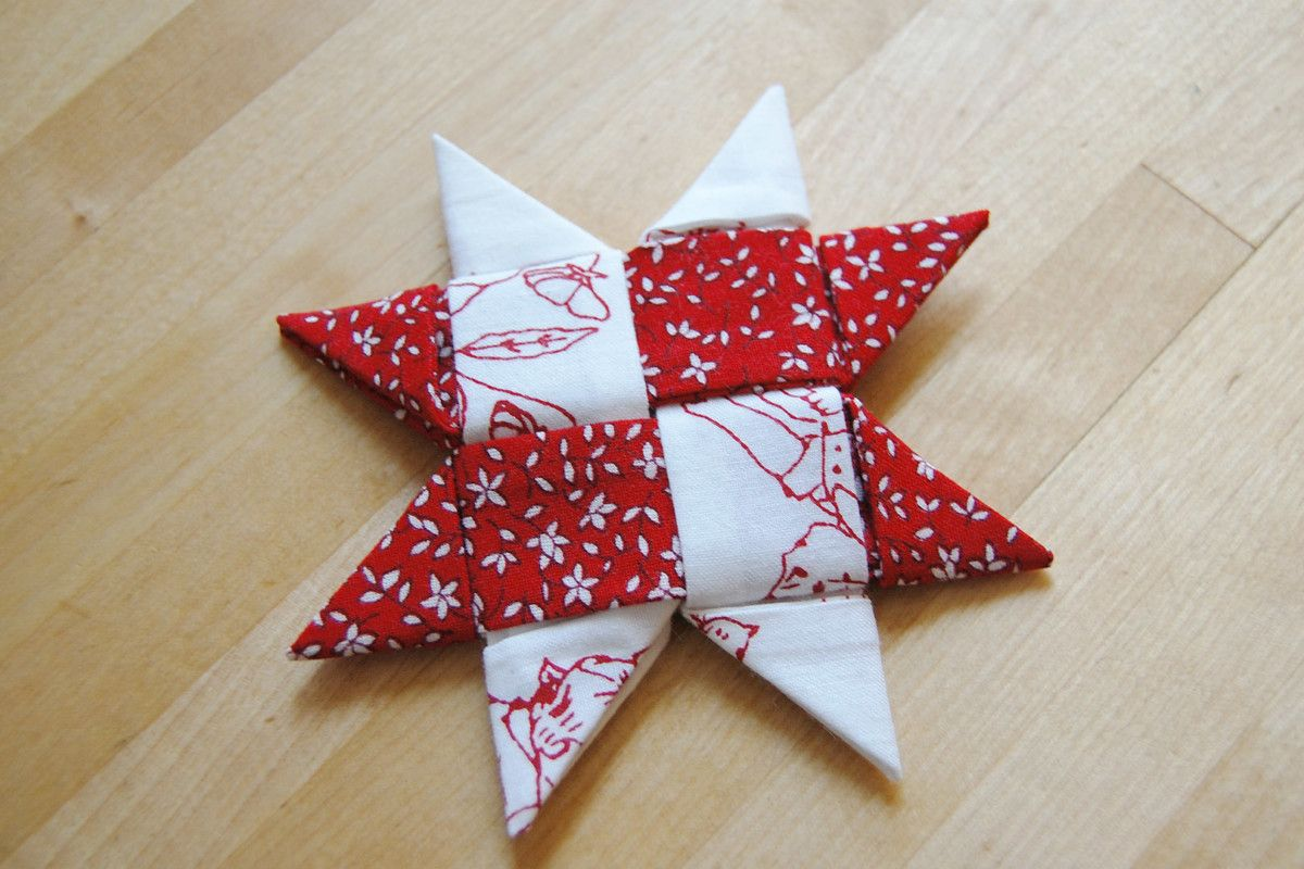 Make A Danish Star Ornament With Fabric Weallsew Fabric Christmas Ornaments Quilted Christmas Ornaments Fabric Christmas Decorations