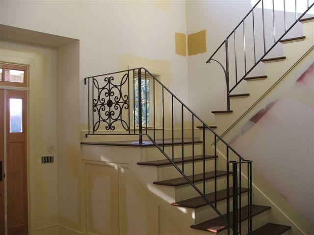 Best Commercial And Residential Custom Ironwork Railings 400 x 300