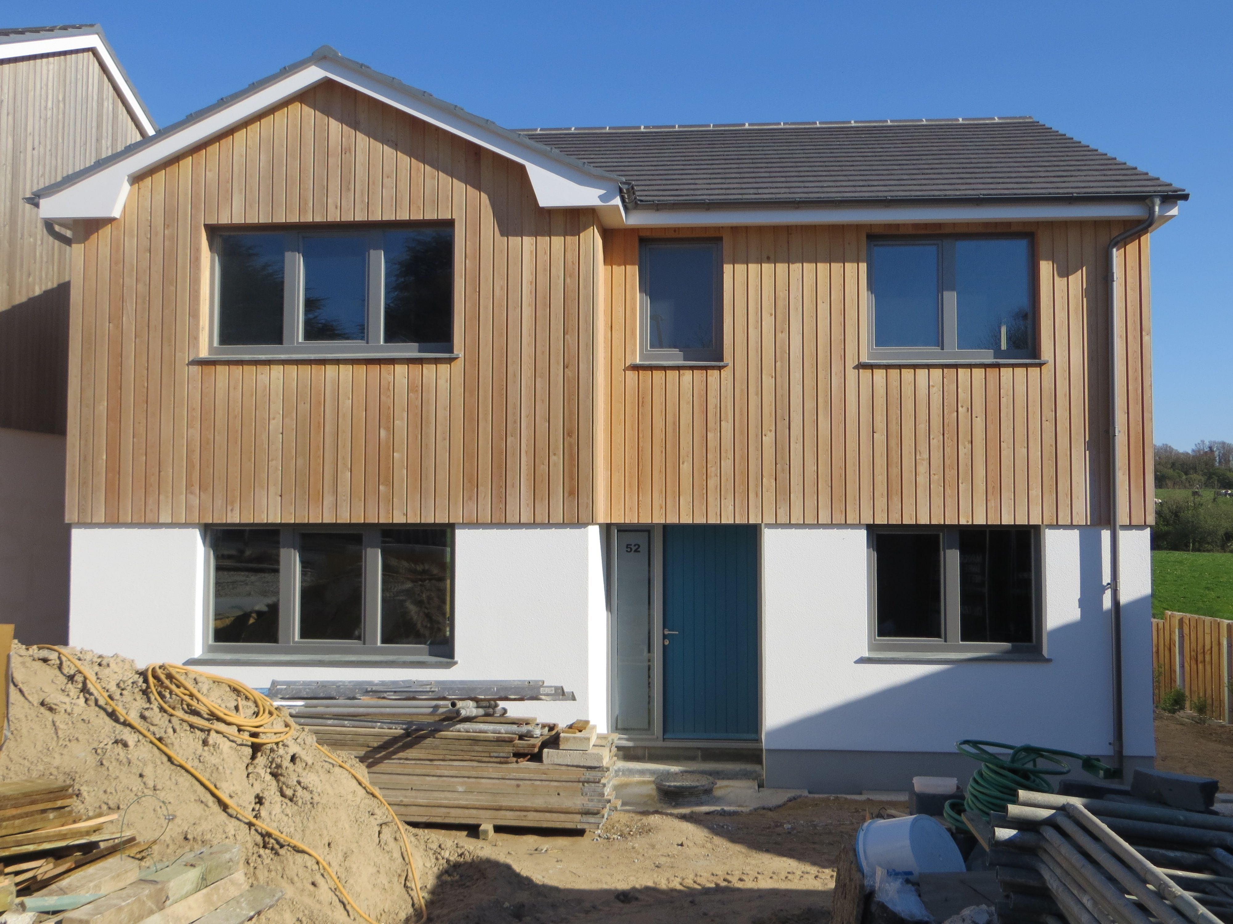 Wunderbar Siberian Larch Cladding, 4/5 Bed New Build In Rock, Cornwall.