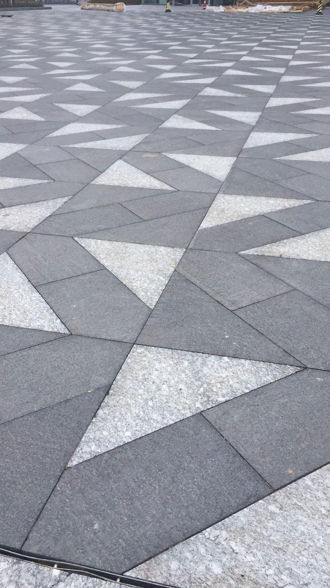 Pin By Monika Radics On Garden Details Pavement Design Paving Design Paving Pattern