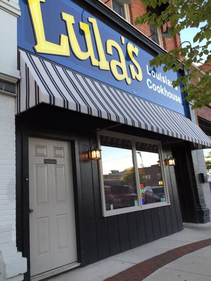 Nine Unique Restaurants In Michigan 3 Lula S Louisiana Cookhouse Owosso