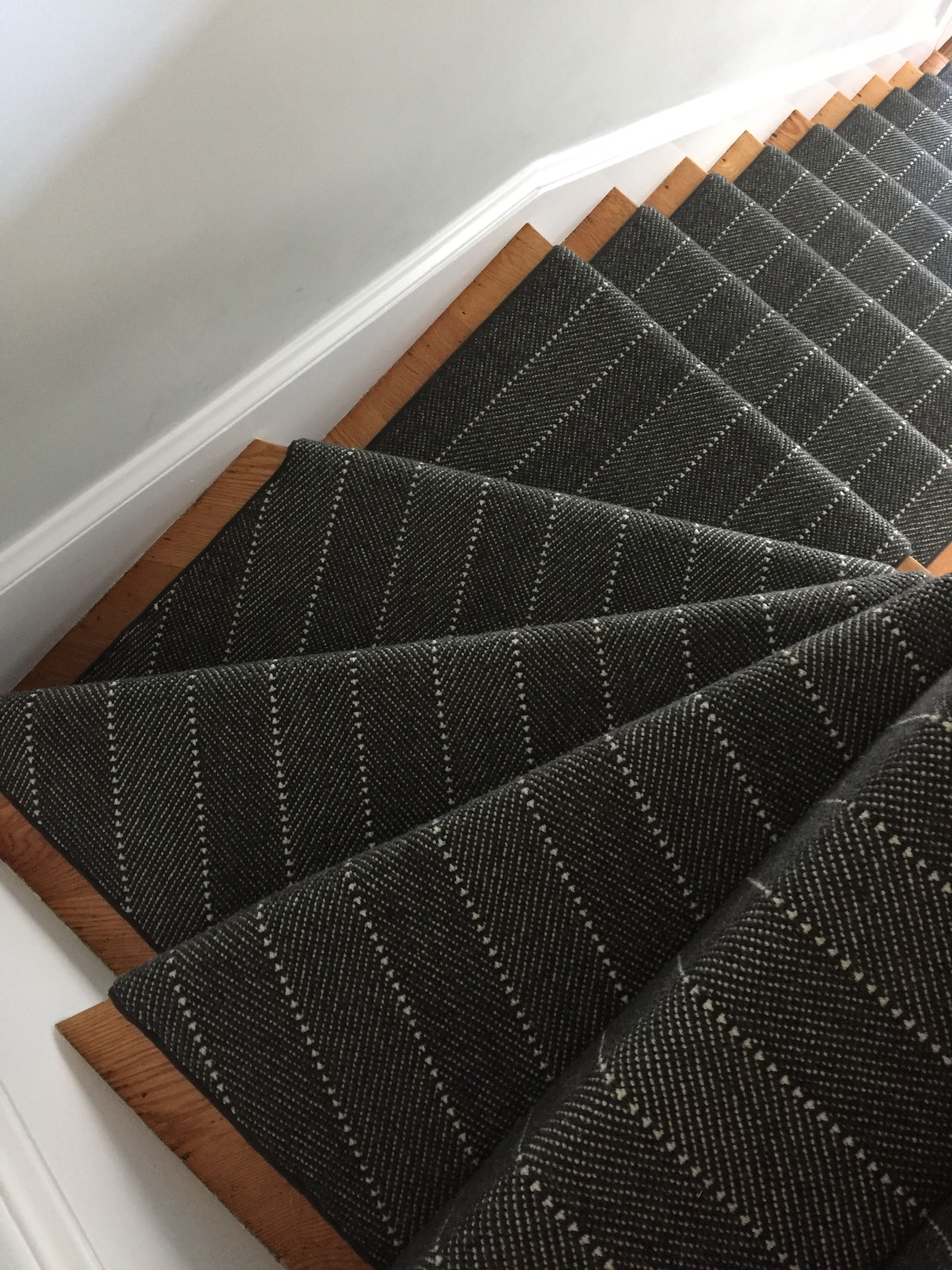 Best Prestige Mills Ravine Charcoal Stair Runner Carpet 640 x 480
