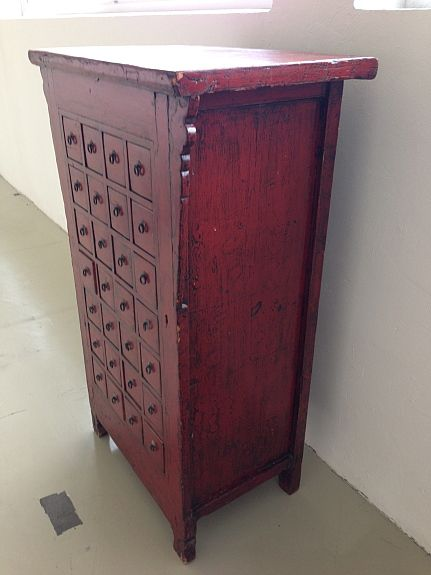 Apothekerschrank In Antik, Farbe Rot
