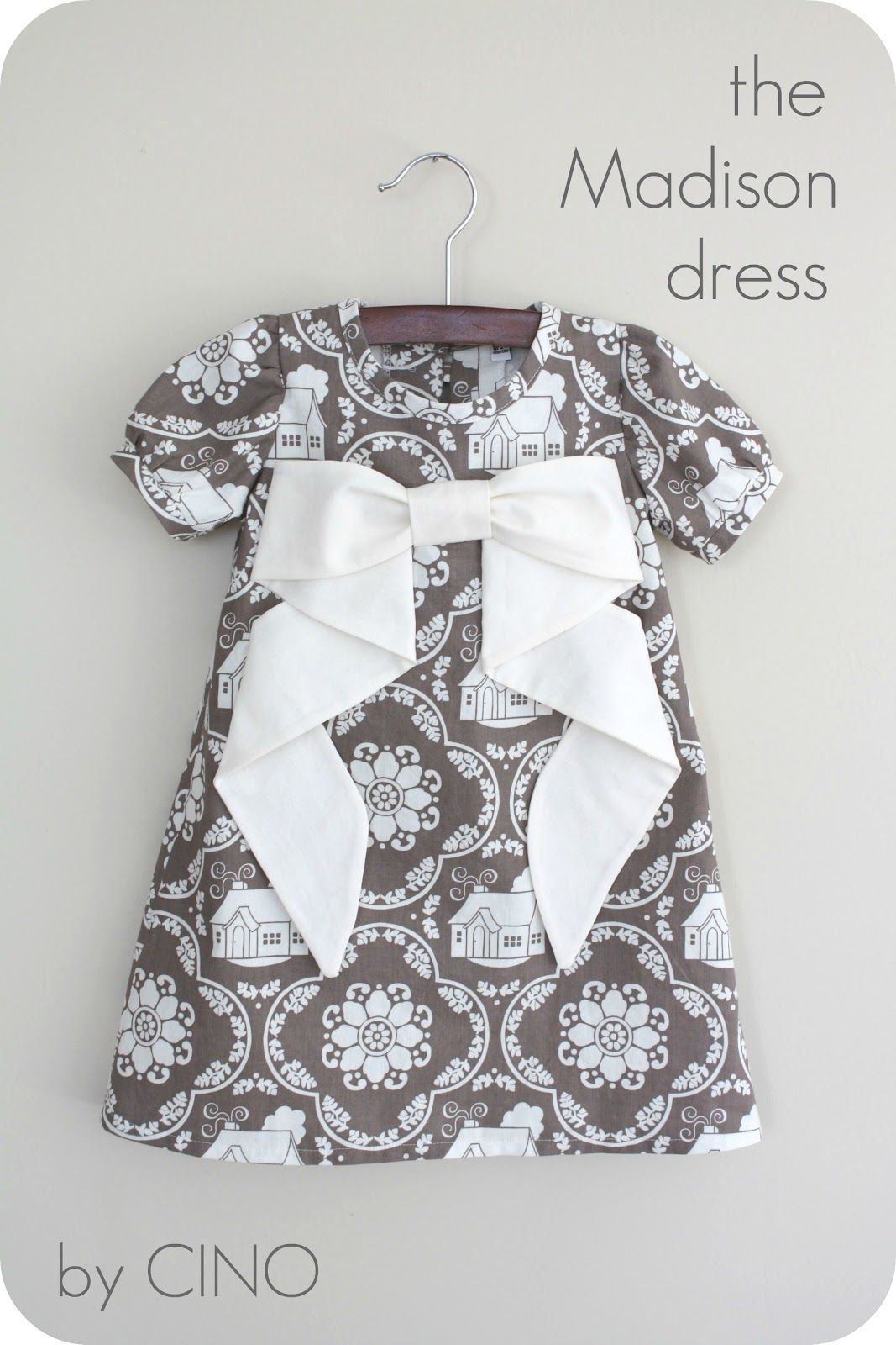 The Madison Dress Tutorial -- love the bow on here... tacked down, would stay just like this.