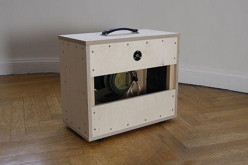 how to build a guitar speaker cabinet smyck guitar scales and other stuff guitar diy. Black Bedroom Furniture Sets. Home Design Ideas