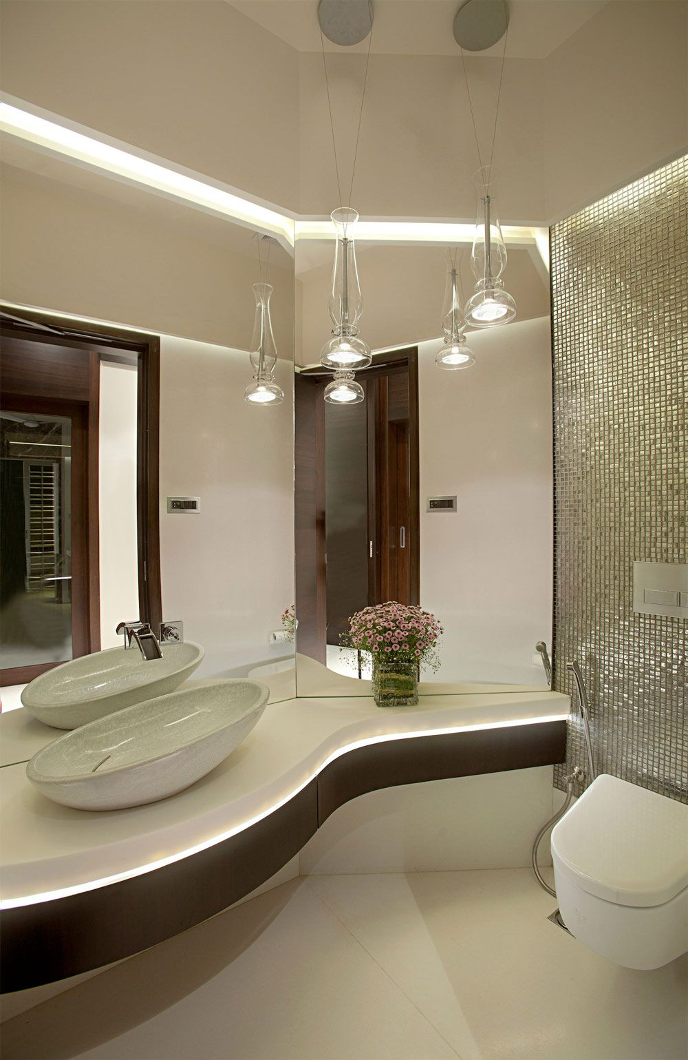 Bathroom apartment by the beach in mumbai india by zz architects