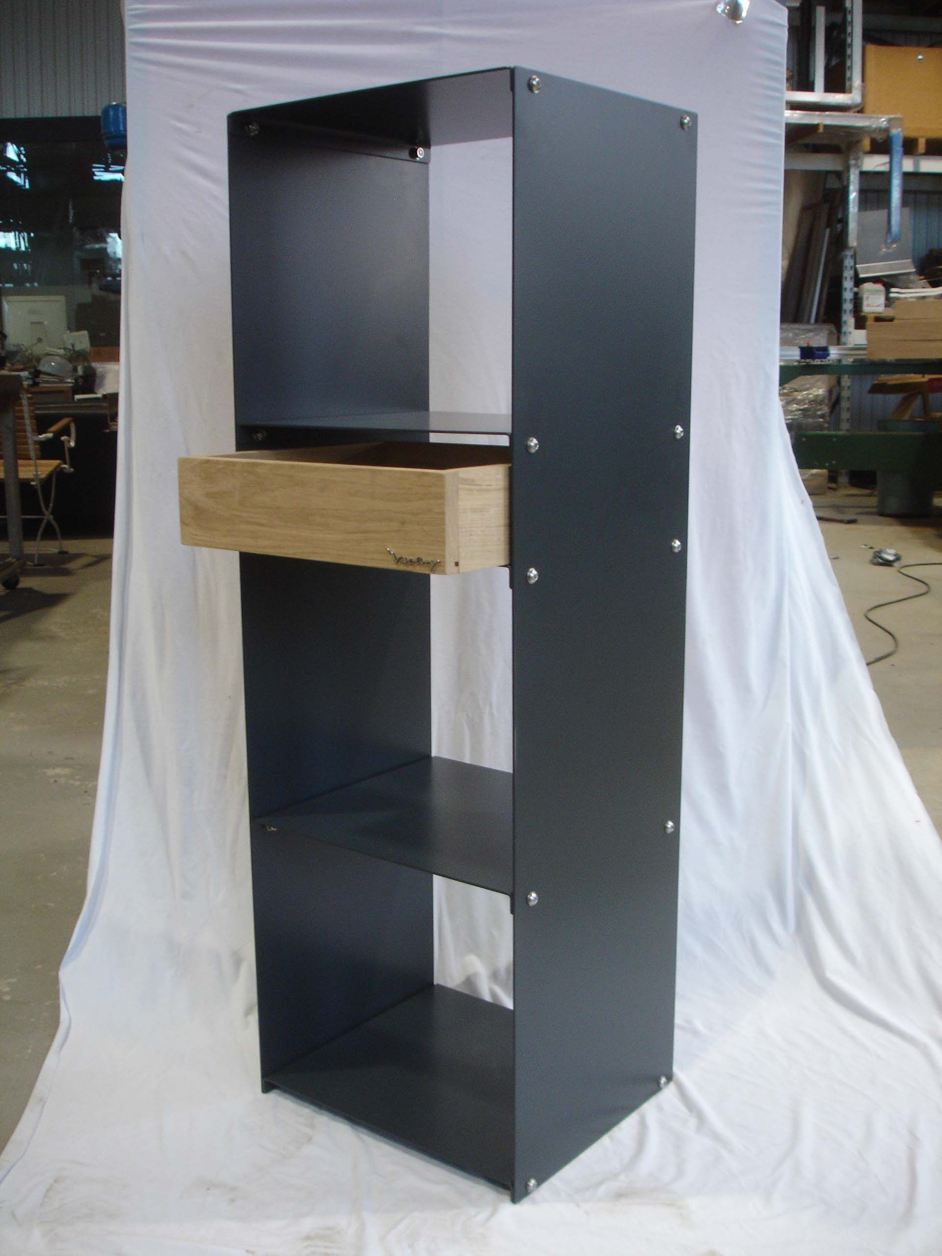 design metallmoebel kaminholzregal kaminholzaufbewahrung brennholzaufbewahrung aus stahl. Black Bedroom Furniture Sets. Home Design Ideas