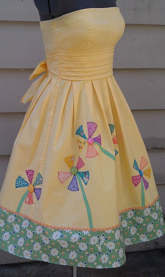 Anthropologieesque 50's Whimsical Pinwheel by Lachellybelly, $62.00. Totally love this dress!