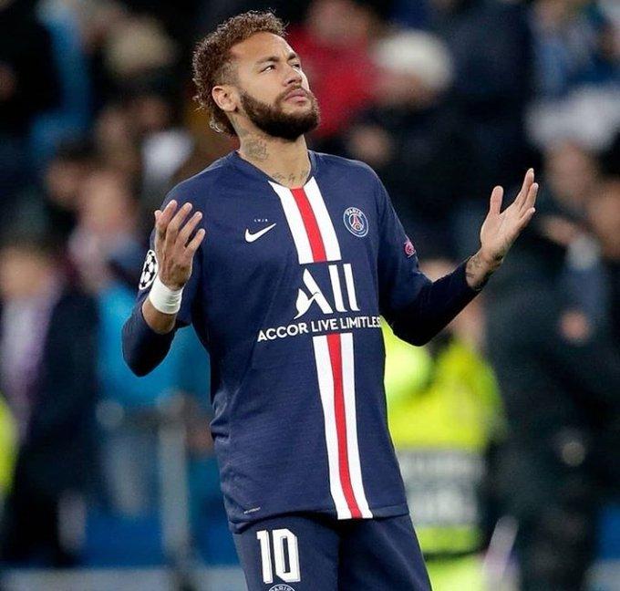 Paris Saint Germain Sur Twitter Une Deux Entre Ecavaniofficial Et Kmbappe Acceleration Et But Https T Co Vcug3fsq3z Neymar Neymar Vs Neymar Jr