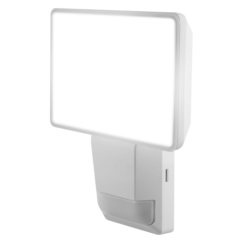Projecteur A Detection Exterieur Led 1500 Lm Blanc Endura Pro Flood Ledvance Projecteur Led Et Blanc