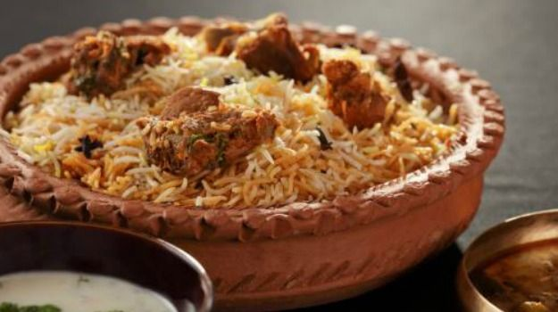 Cooking videos 10 best indian chicken recipes biryani biryani cooking videos 10 best indian chicken recipes forumfinder Choice Image
