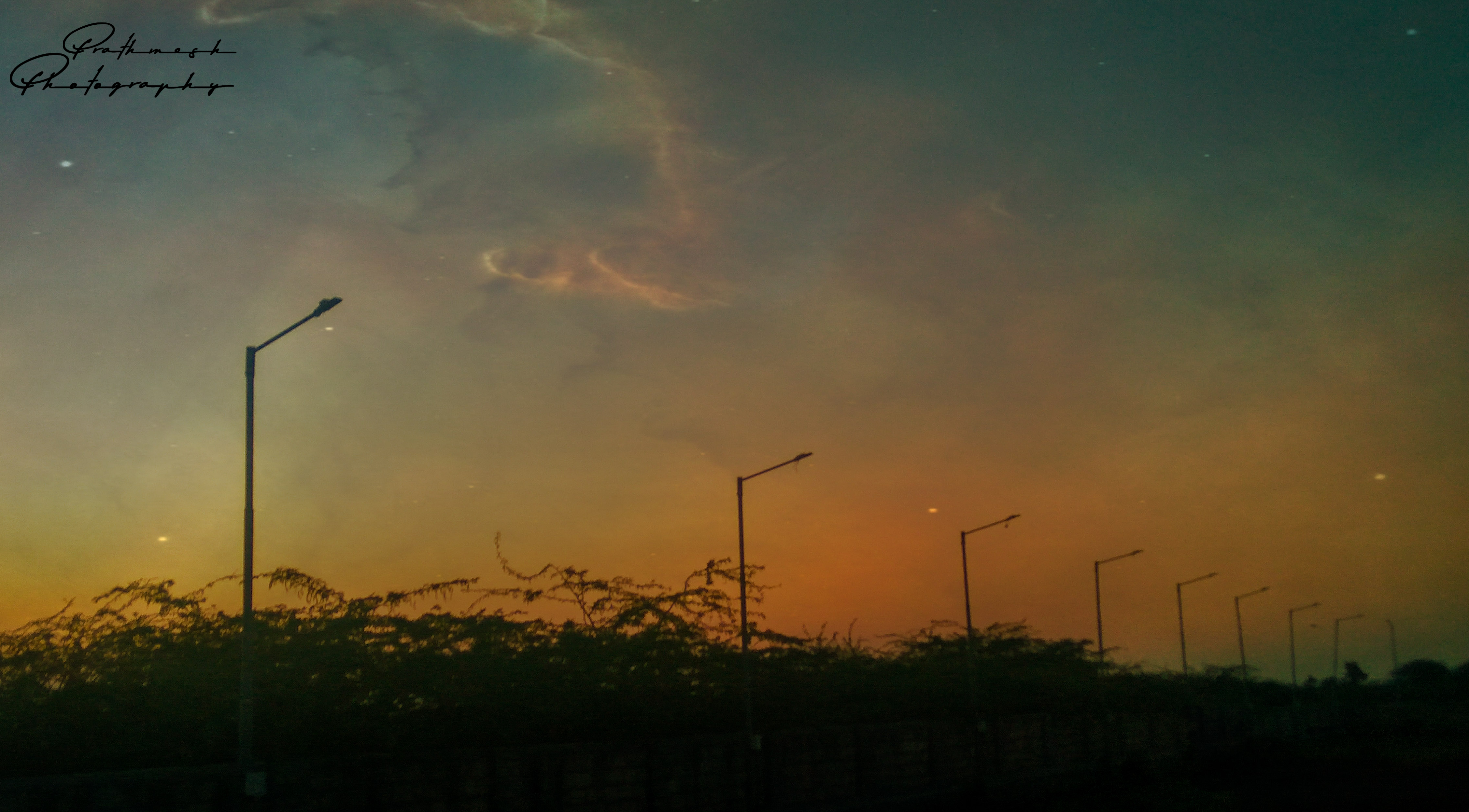 Evenings allow you to forget the bitter worries of the day and get ready for the sweet dreams of night #prathmeshphotography #photographers #photographyislife #photographylovers #moments #lifephotography #realityoflife #evening #photography #happiness #photooftheday #memories #photo #ahmedabad #sunsetphotography