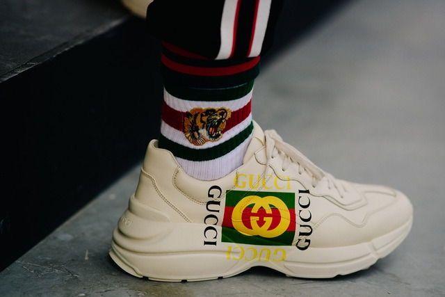flames  filetfamilia  filetlondon Sneakers Street Style, Reebok, Sock Shoes,  Versace, 4e6f72e35bc