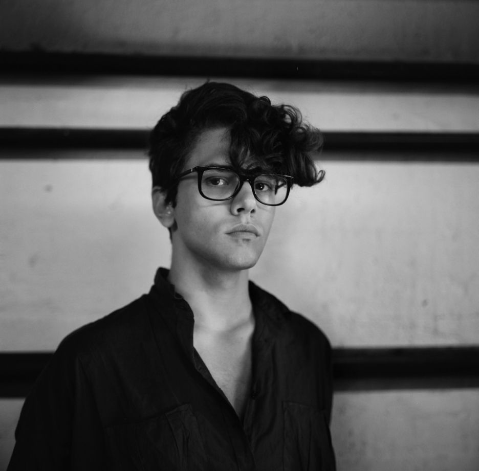 Haircuts for men with glasses xavier dolan  extravagants minimalistes inspiration  pinterest