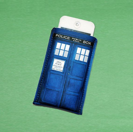 Doctor Who case. ---I wonder if I could make one for the iPad...