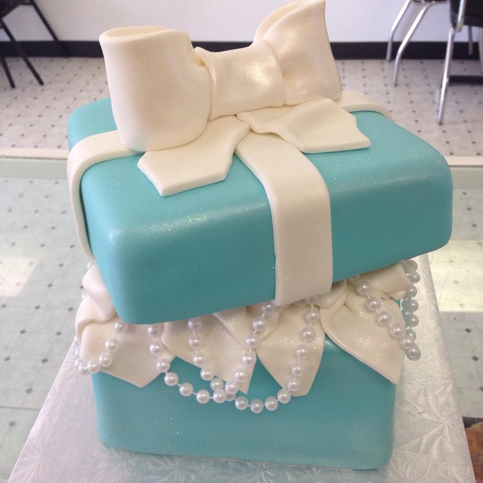 tiffany box 3d cake 3d cake, 3d cakes, Sculpted cakes