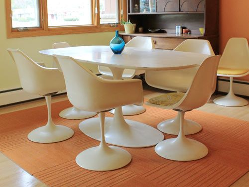 Vintage Furniture Of Our Favorite Midcentury Designs And Brands - Tulip chair and table set