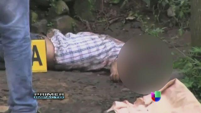 VIDEO: Un hombre fue decapitado en un rito satánico - http://uptotheminutenews.net/2013/09/09/latin-america/video-un-hombre-fue-decapitado-en-un-rito-satanico/