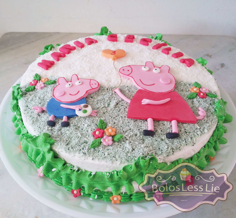 Bolo Peppa Pig Chantilly Com Imagens Bolo Bolo De Chantilly