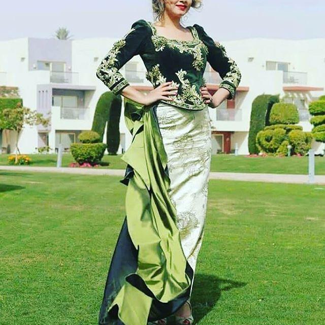 طاهري إبتسام ترتدي كاراكو من تصميم الرائع سمير كرزابي،جدا جميلة و