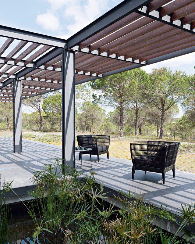 3 Cabanes Contemporaines En Pleine Nature Pergola Bois Terrasse Maison Patio Moderne