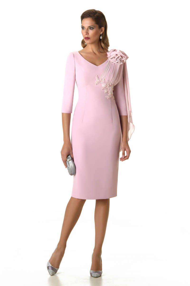 La colección de vestidos de fiesta y madrina Esthefan 2017 es una de ...