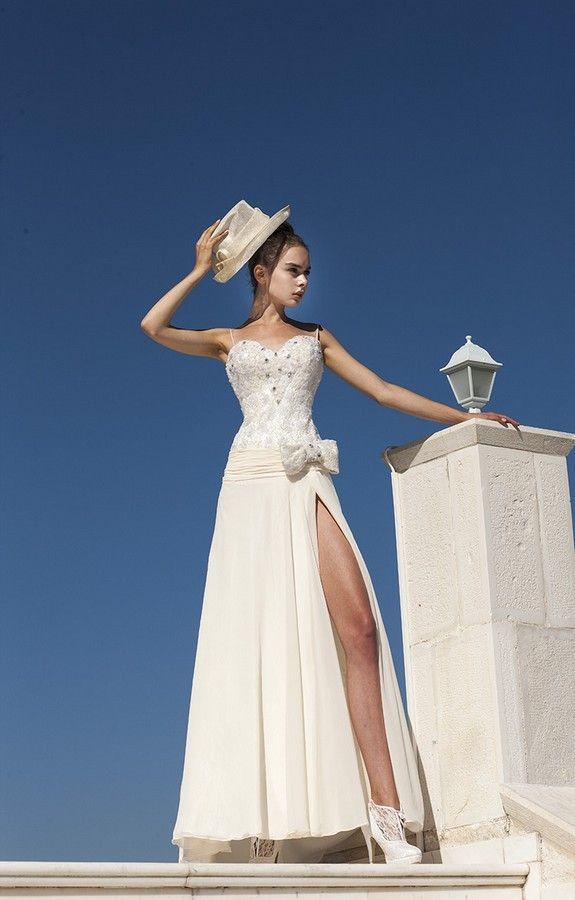 d612a1d8e855 ΝΥΦΙΚΑ EVITA SPOSA στο www.GamosPortal.gr  γάμος  νυφικά  gamos ...
