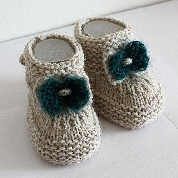 Knitting Patterns (PDF file) Baby Booties with Knitted Bow (sizes 0 ...