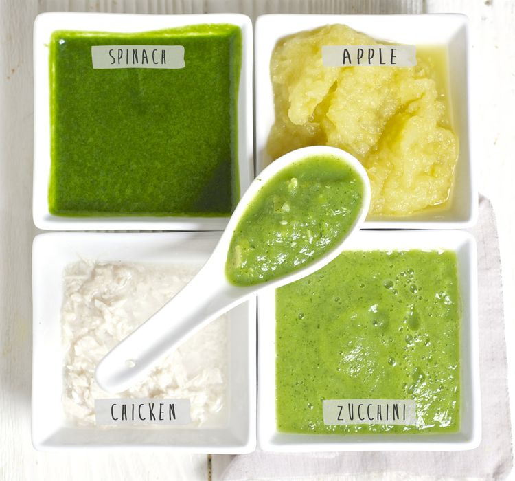 Green Baby Puree With Chicken High In Protein And Iron Baby Foode Recipe Baby Spinach Recipes Baby Food Recipes Chicken Baby Food