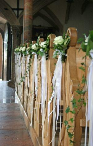 Kirchenbaenke  Hochzeit in 2019  Kirchenschmuck hochzeit