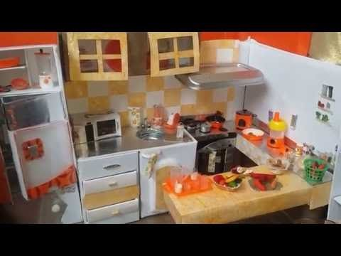 Recipientes para guardar alimentos de mu ecas youtube for Casa di barbie youtube