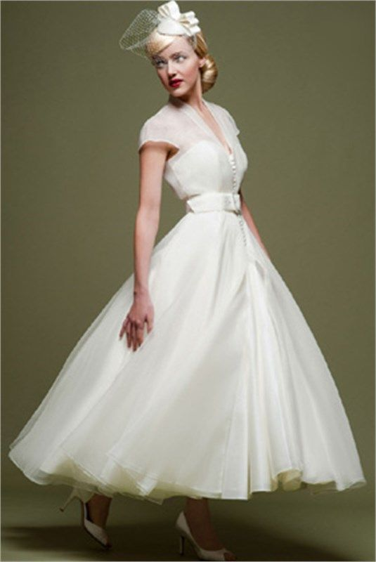 my1950swedding: This dress, though! this is so perfect   My Style ...
