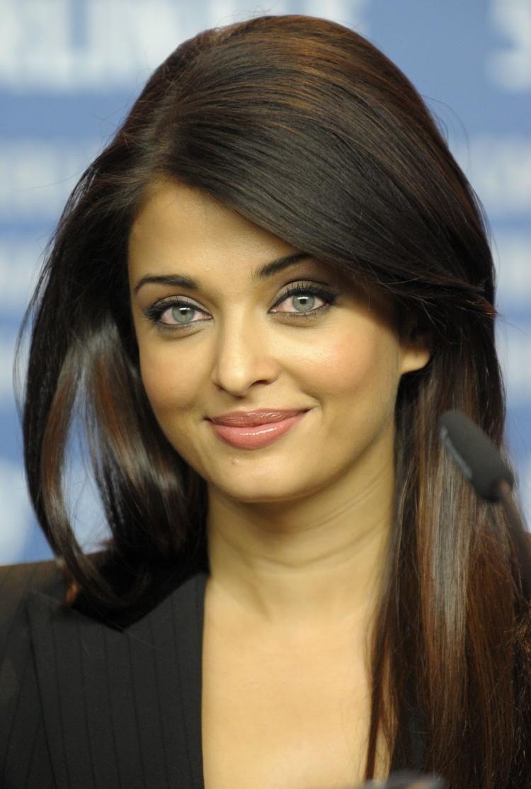 CONFIRMED : Aishwarya Rai Bachchan to star in Mani Ratnam's espionage thriller! | PINKVILLA