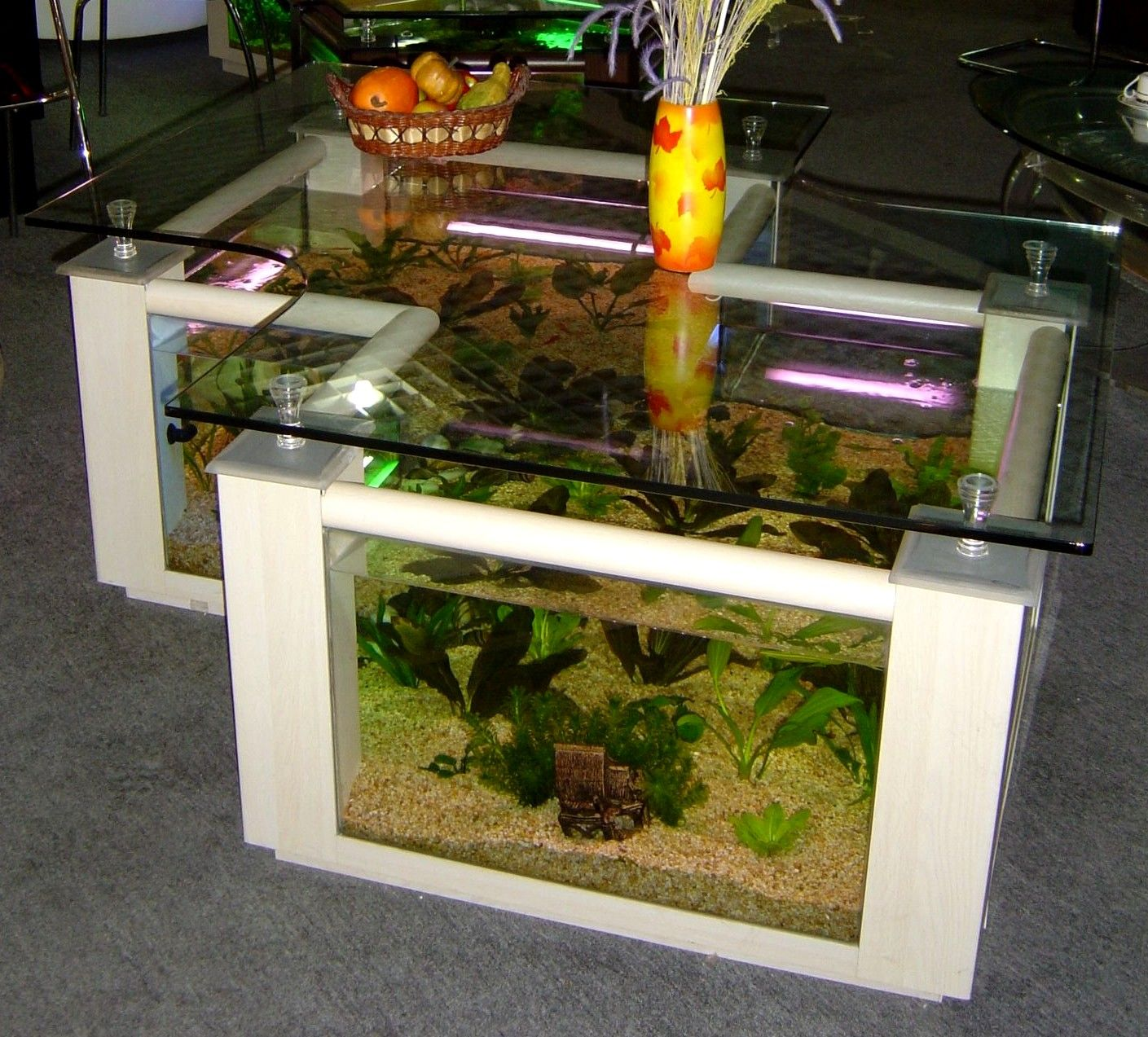Amazing 40 Modern Creative Coffee Tables : 40 Modern Creative Coffee Tables  With Glass Table And Built In Aquarium And Lighting Decoration - How To Build A Wooden Terrarium Table - Http://outdoor.theopencase
