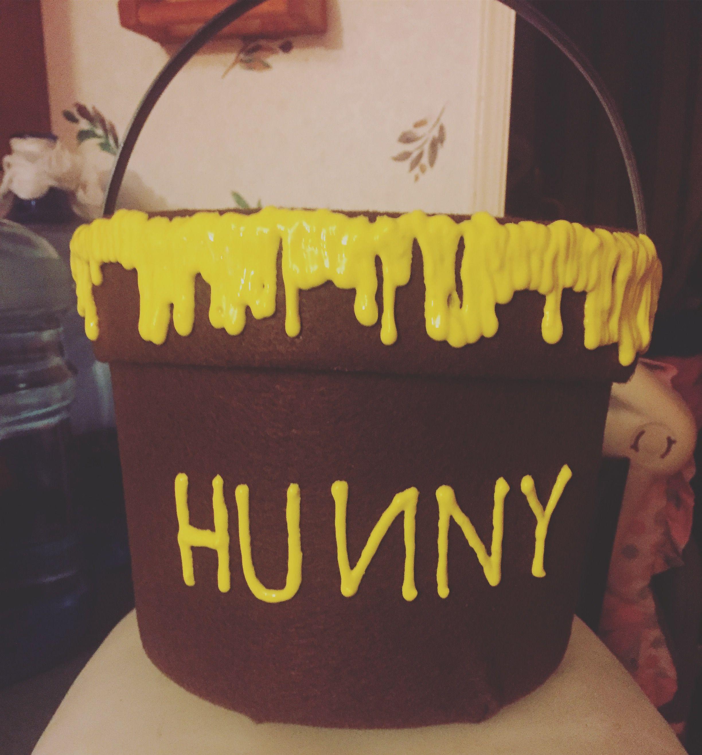 fa45a04608e2 Winnie the Pooh Hunny Pot Halloween bucket DIY