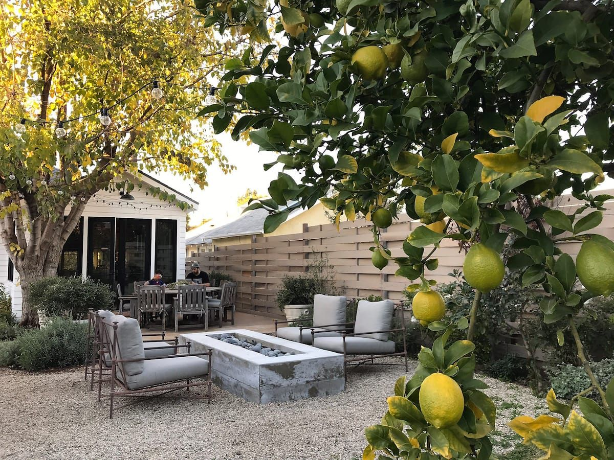 Beautiful Garden Cottage In Silverlake Cottages For Rent In Los Angeles California United States Cottage Garden Beautiful Gardens Charming Garden