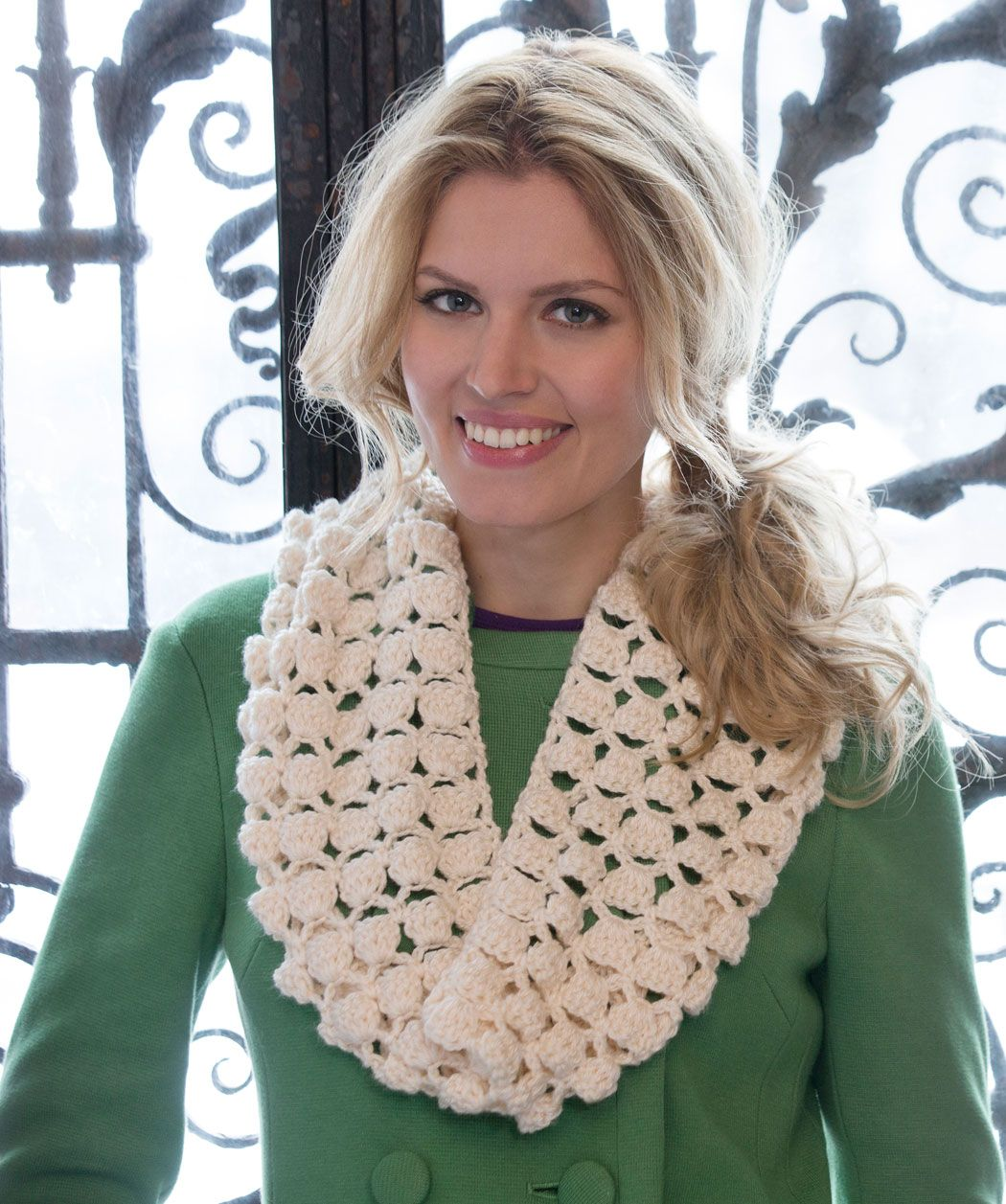 Free crochet pattern infinite shells cowl free crochet scarf infinite shells cowl by wendy lewis free crochet pattern redheart bankloansurffo Image collections