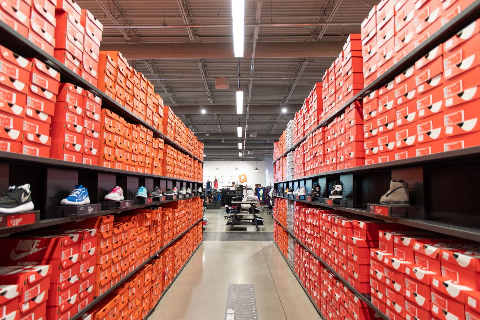 17 Ways To Actually Save Money On Back To School Clothes Nike Factory Back To School Discount Nike Shoes