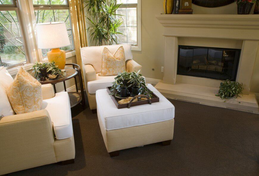 50 Beautiful Living Rooms With Ottoman Coffee Tables Home Staging