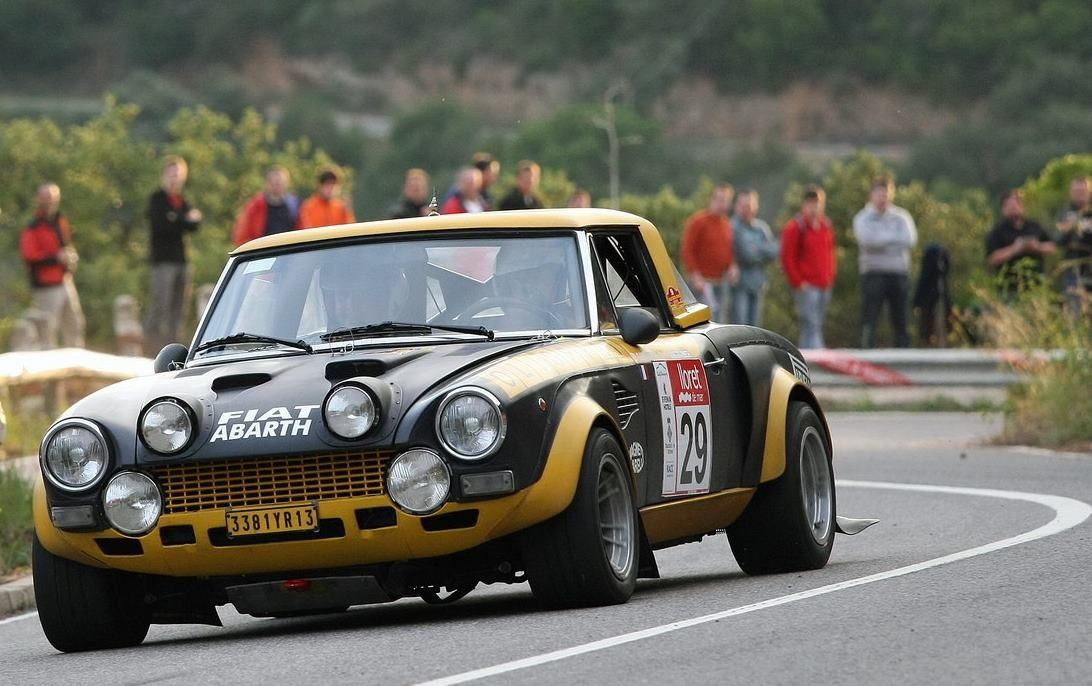 Fiat 124 Spider Abarth Fiat And Abarth Fiat Fiat Abarth Cars