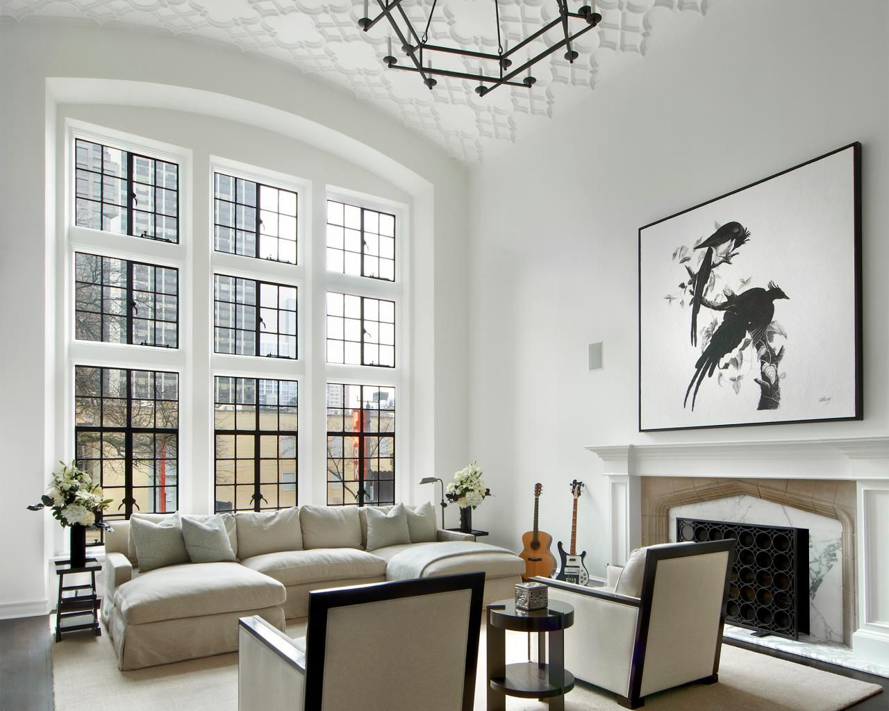 Chic Black And White Contemporary Apartment In The City Living Room Decor Apartment Interior Design Living Room Apartment Living Room #white #contemporary #living #room