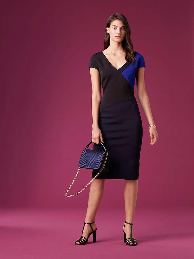 70e12e6425deee Diane von Furstenberg Short-Sleeve V-Neck Banded Dress