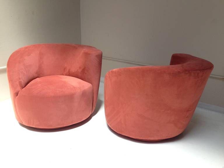 Wonderful Pair Of Vladimir Kagan Nautilus Lounge Chairs Image 3