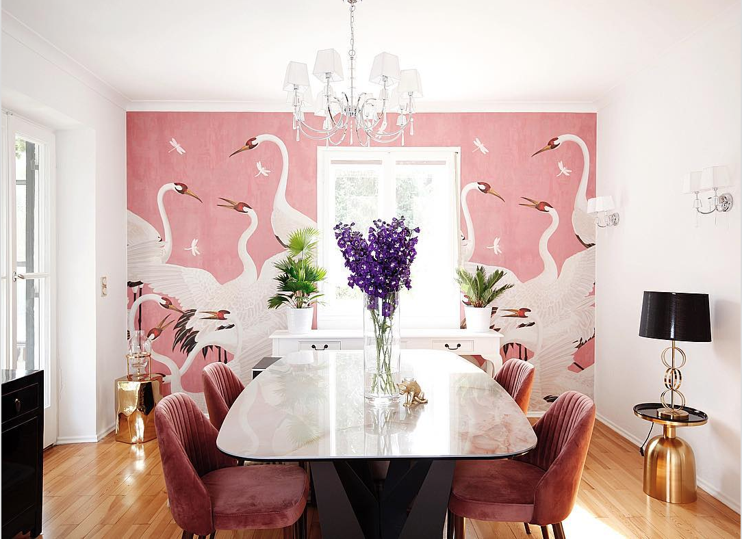 Gucci Heron print wallpaper Decorating small spaces