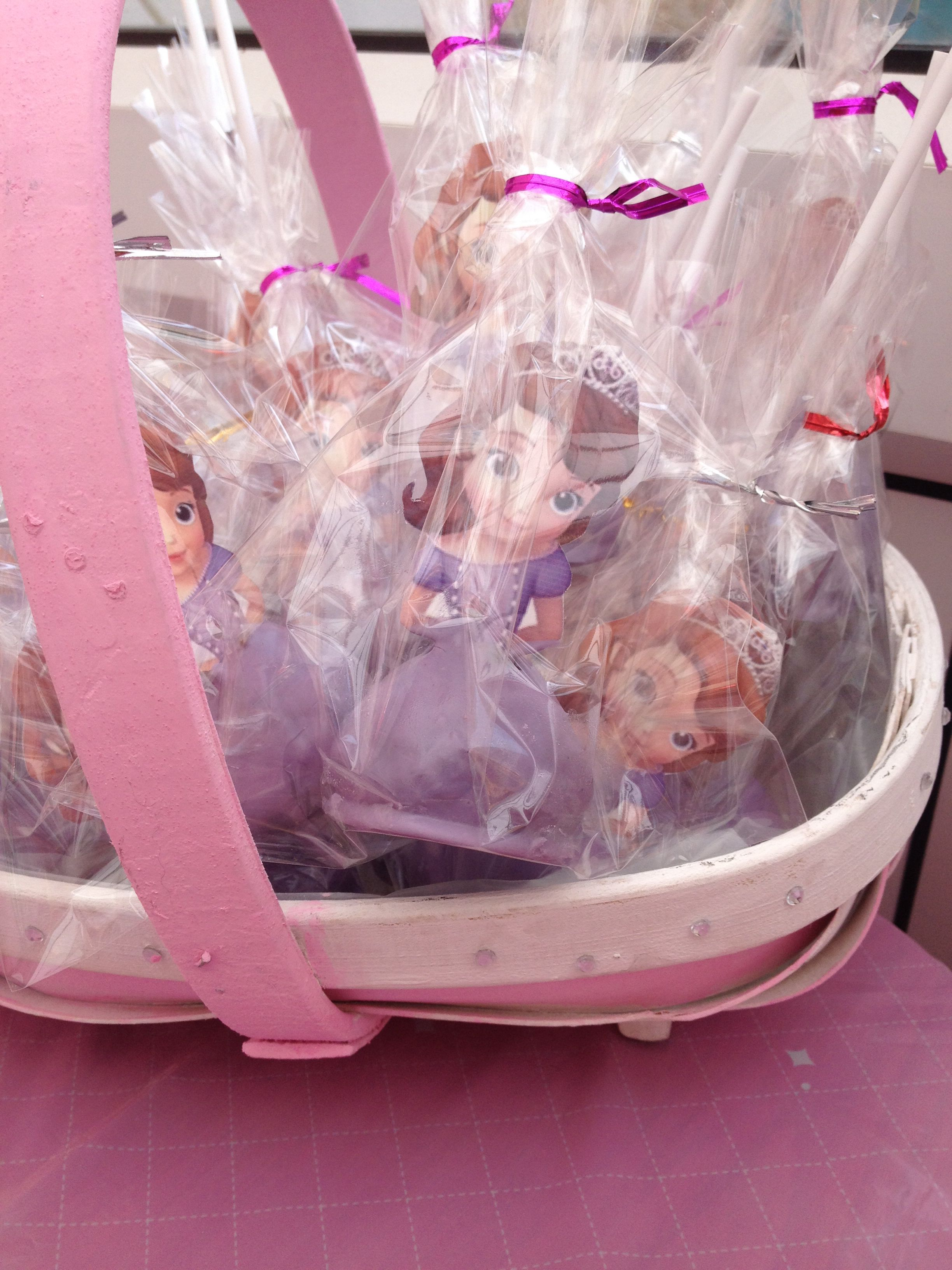Sofia the first cake pops (Isabelle's 2nd birthday party)