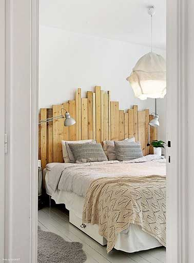 Deco De Chambre Avec Une Tete De Lit Faite En Palette Bois Lit