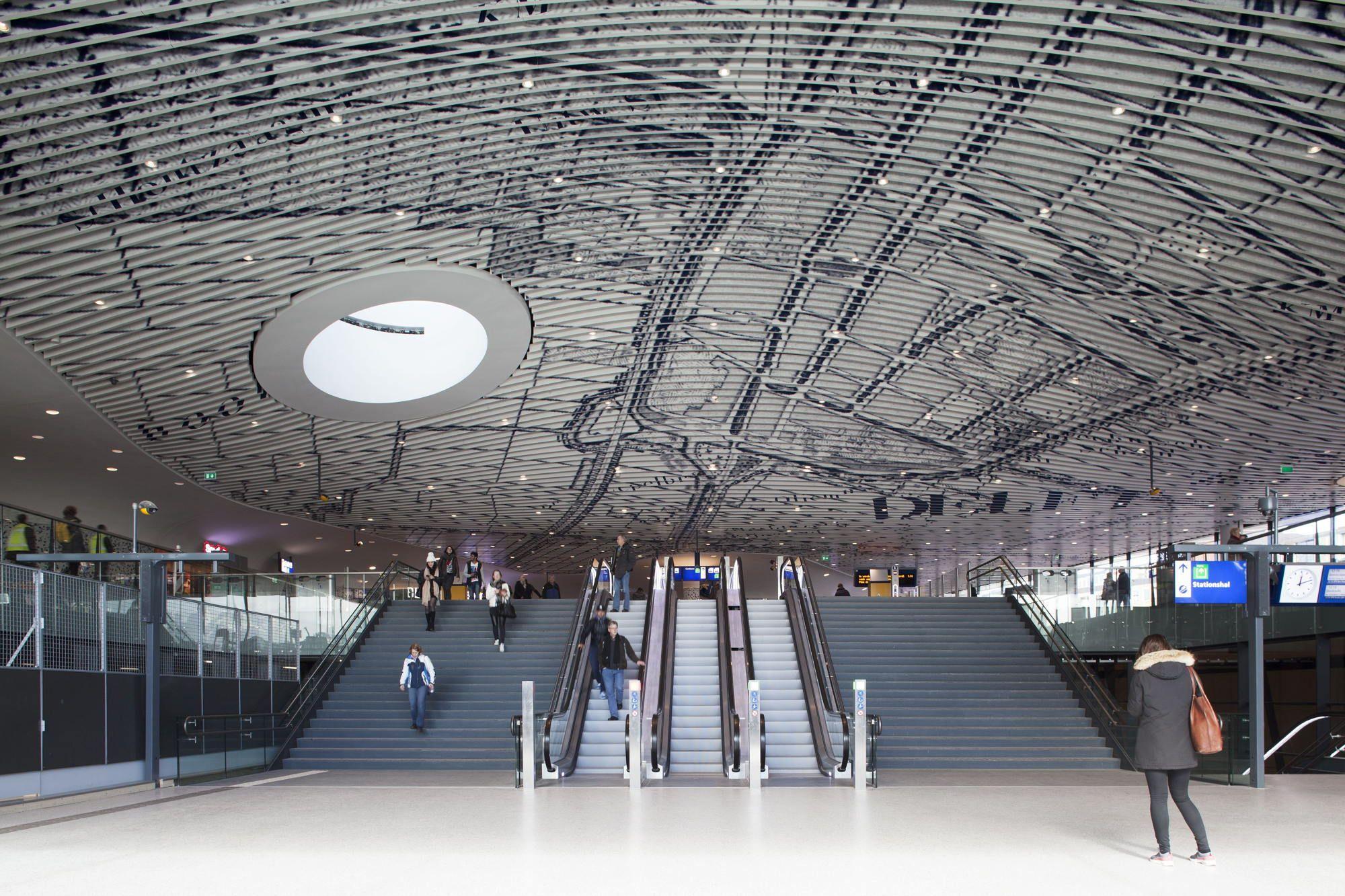 Bahnhof in Delft von Mecanoo / Identität Blau - Architektur und Architekten - News / Meldungen / Nachrichten - BauNetz.de