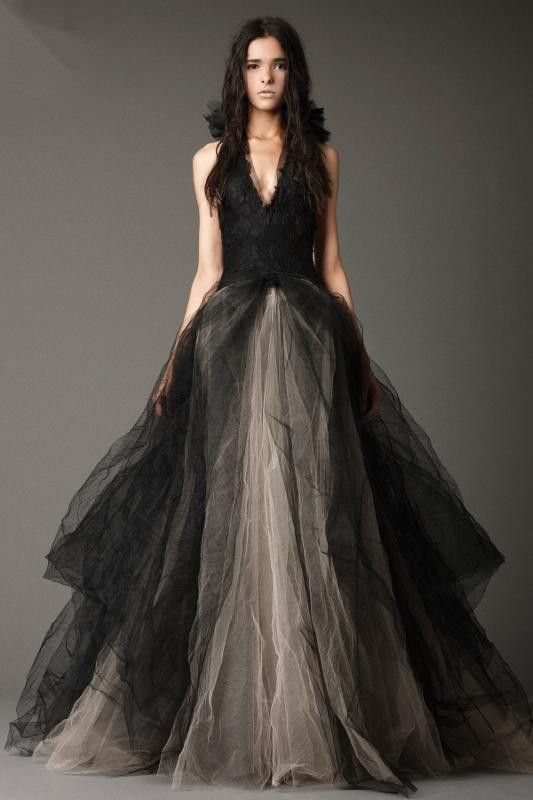 2015 new lace princess court train wholesale designer wedding gown night elves forever milan wedding dress