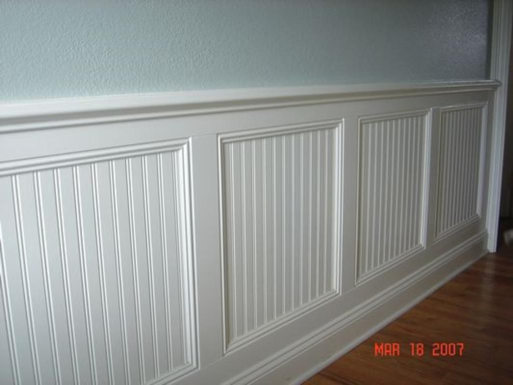 Combination Beadboard Board And Batten Wainscoting