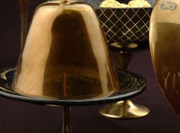 Small pastry stands with cloche in black and gold glass for VIP amentiy program at St. Regis hotels. Exclusive designs by Glass Studio